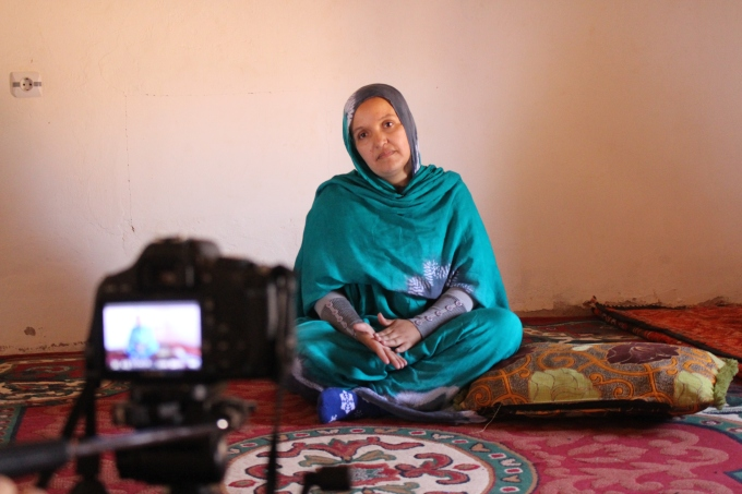 Instante de la grabación del documental de un Micro Para el Sáhara.