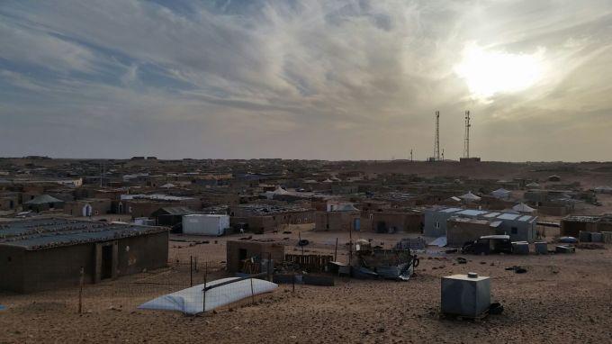 Campamento de Bojador fotografiado por Un Micro Para el Sahara.